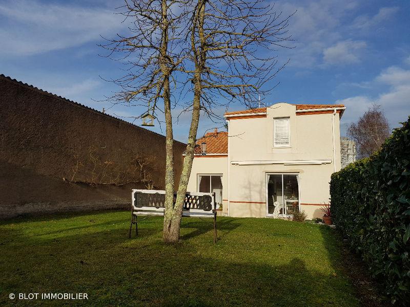 Nantes sud loire maison garage immofavoris for Garage nantes sud